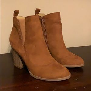 New Express Brown Camel Ankle Boot Booties 8